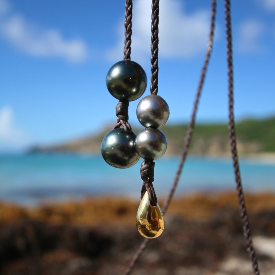 Braided leather sautoir with 2 HUGE 15mm Tahitian black pearls, round pearls and gold drop, boho jewelry, beach jewelry, St Barth, gypset.