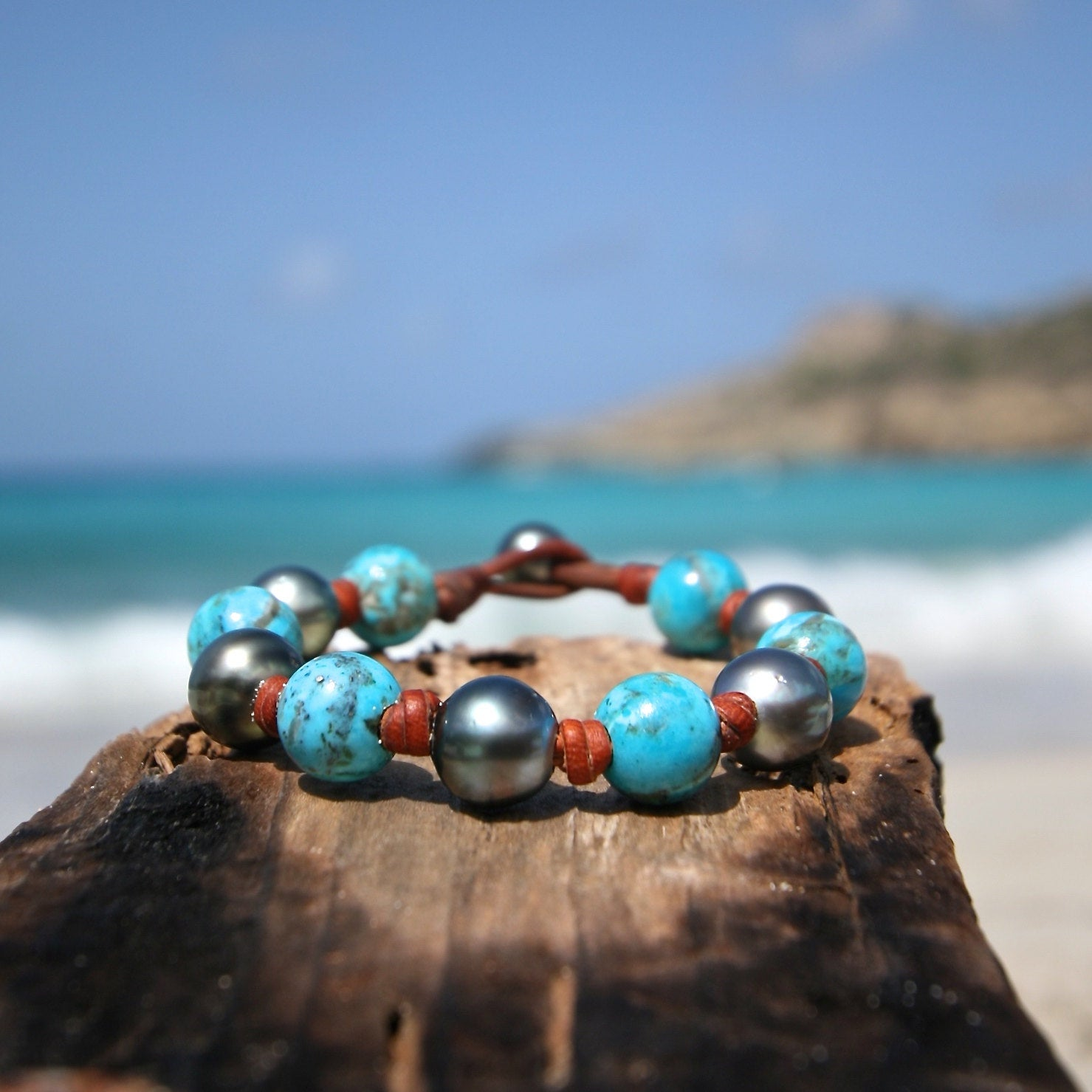 Genuine turquoise and Tahitian black pearls leather bracelet, pearl and leather jewelry, beach jewelry, St Barts jewelry, seaside jewelry.