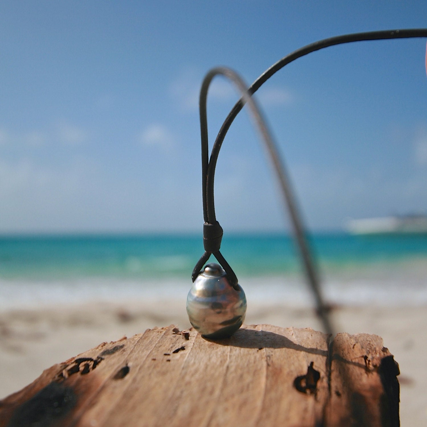 St barth pearls leather jewelry necklace