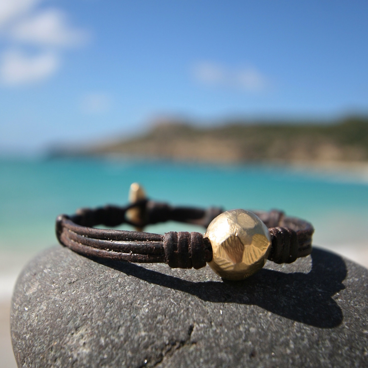 Gold 18k and leather bracelet, super chic luxury jewelry, bohemian chic inspiration, one of a kind solid gold design, St Barths signature.
