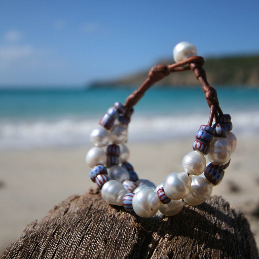 Leather and south sea white pearls bracelet strung with ancient African trade beads, St Barts jewelry, jewelry for the beach, bohemian style