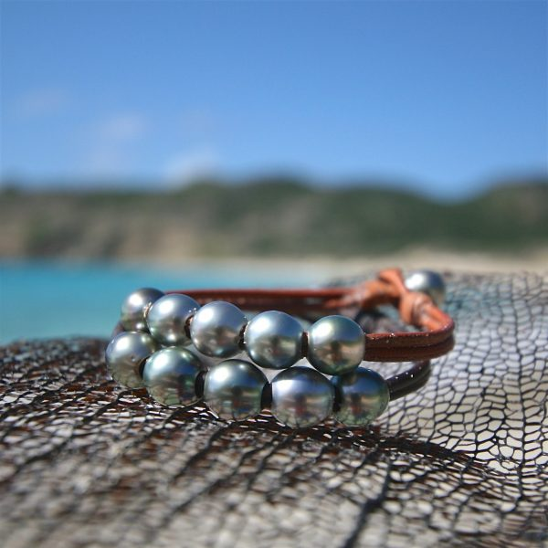 st barth pearls and leather jewelry shop