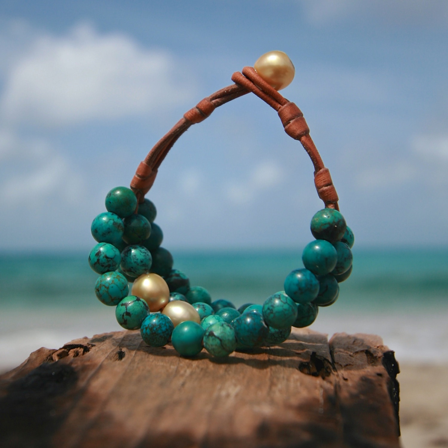 Multiple turquoise strands bracelet with cultured gold pearls, St Barts island, St Barthelemy, organic and mineral jewelry, bohochic, beach.