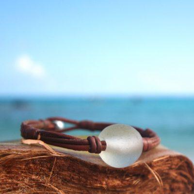 bijoux cuir et perles st barth