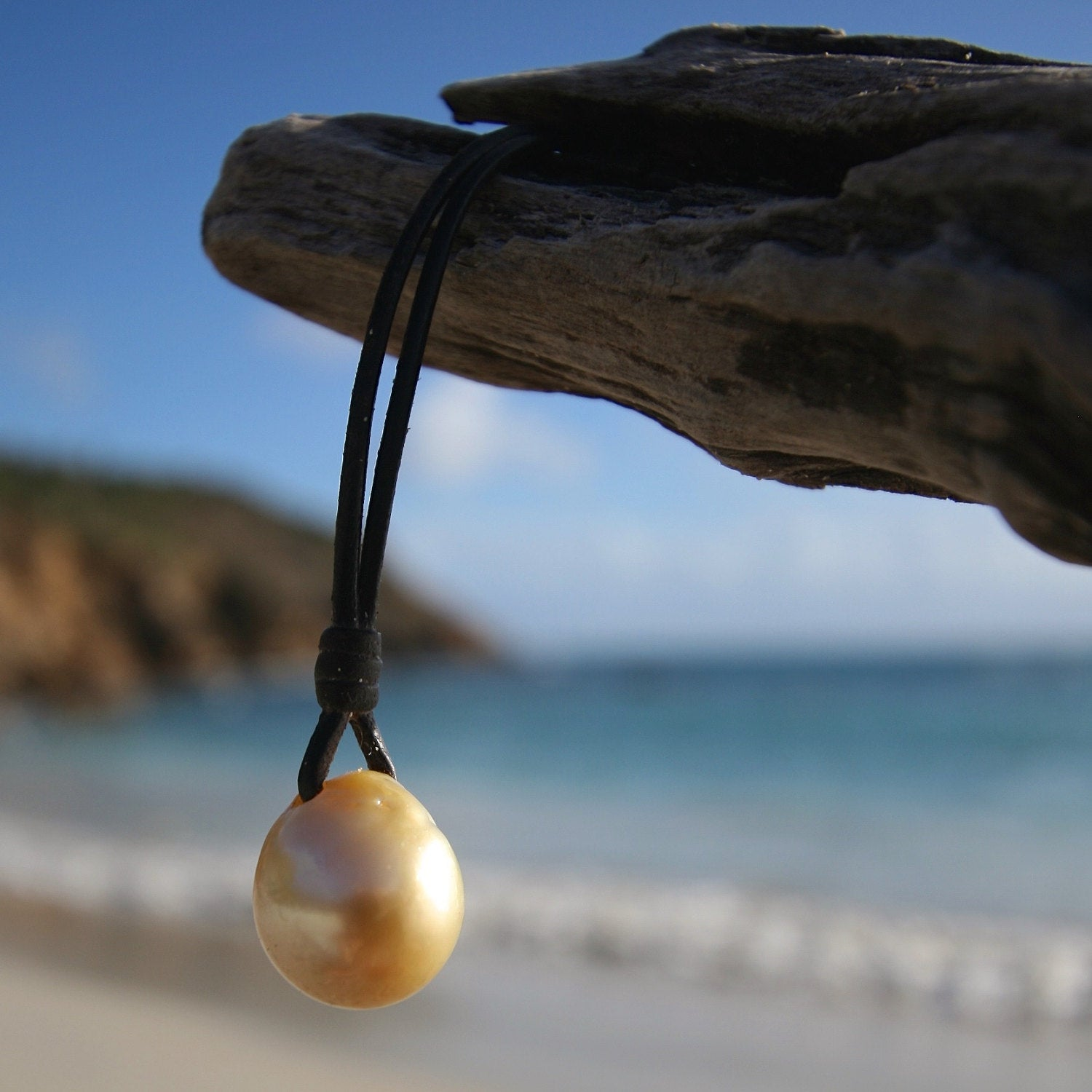pearls chocker leather necklace st barth