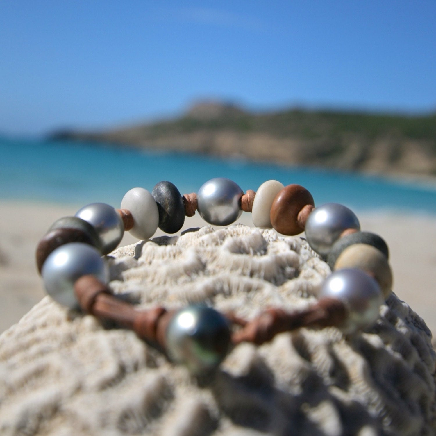 Tahitian round pearls and pebbles strung on leather for a perfect bohochic bracelet, beach summer jewelry, St Barts fashion, seaside coastal