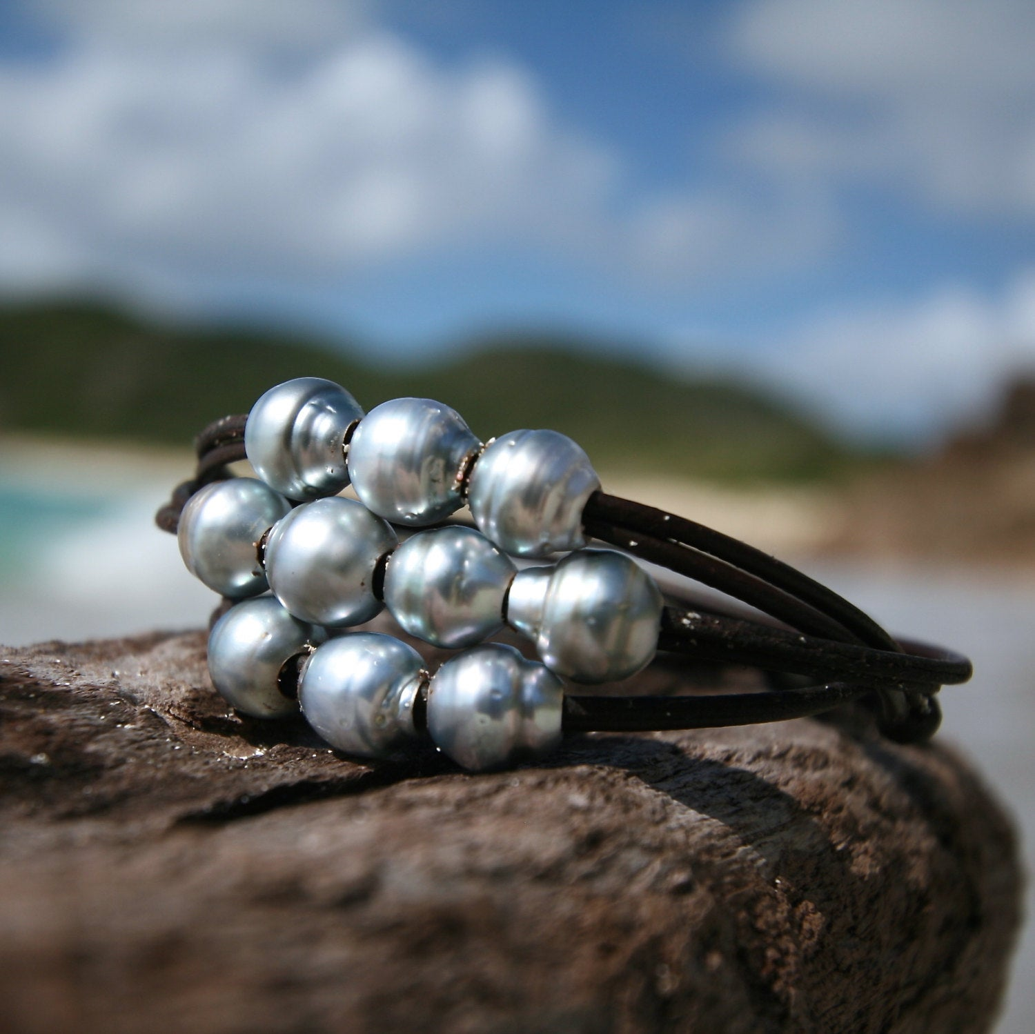 Pearls and leather bracelet St Barts jewelry