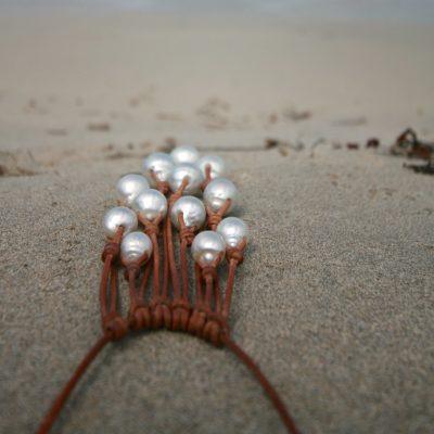 bijoux en cuir et perles st barth