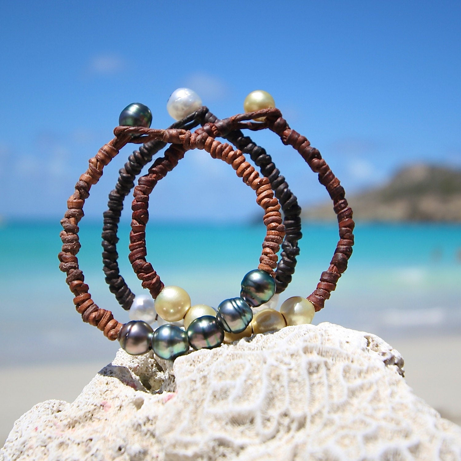 Wild knots coloful Bracelets of Tahitian pearls OR Australian cultured pearls, beach and leather jewelry, bohemian inspiration, hippie chic