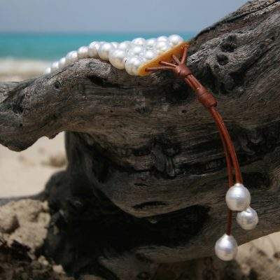 Jewelry st barth white pearls bracelet